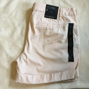NWT Banana Republic Factory Cuffed Shorts SZ 8